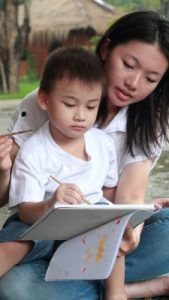 """""""Who's the boss?"""" Art Directive for Families 